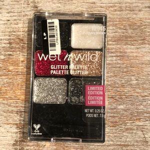 Wet N Wild Glitter Eye-Shadow Palette - 12915